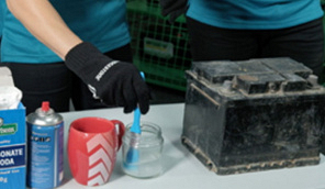 6 steps to cleaning a car battery with baking soda and water